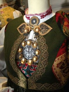 ♔ People from around the World: Bunad Folk Costume, Costumes, Norwegian Vikings, Scandinavian Folk Art, Bridal Crown, Ethnic Fashion, Traditional Dresses, Norway, Vintage Fashion