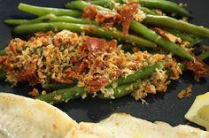 Green beans, serrano ham and cheese. Serrano Ham, Ham And Cheese, Green Beans, Vegetables, Food, Veggies, Vegetable Recipes, Meals, Yemek