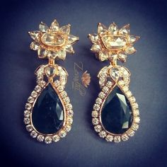 Zevadhi jewels - rose cut diamonds and emerald earrings