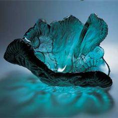 Amanda Brisbane..........I LOVE this blue