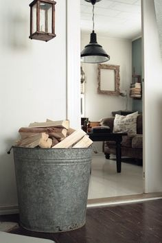 In this post You will find 10 ideas for decorative storage solutions for your firewood. Firewood Holder Indoor, Wood Tile Floors, Storage Baskets, Storage Ideas, Storage Solutions, Wood Beds, Wood Ceilings, Storage Design, Decorative Storage