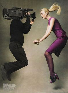 Patrick Demarchelier - The September Issue (2009) A documentary chronicling Vogue editor-in-chief Anna Wintour's preparations for the 2007 fall-fashion issue.