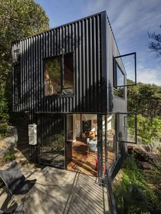 Container House Exterior Shipping Containers – Shipping Container US Architecture Design, Contemporary Architecture, Container Architecture, Contemporary Houses, Pavilion Architecture, Sustainable Architecture, Residential Architecture, Shed To Tiny House, Level Homes