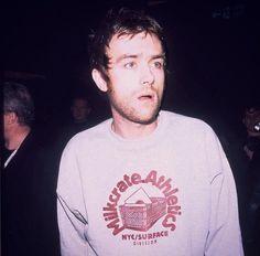 Damon u dumb bitch Blur Band, Graham Coxon, All Bran, Damon Albarn, Weezer, Jamie Hewlett, British People, Britpop, Daddy Issues
