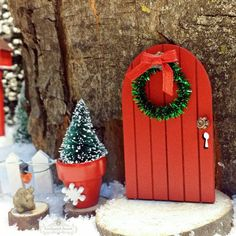 Fairy Door with Winter Wreath - Holiday Miniature Garden Decoration, Christmas…