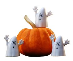You've Been Ghosted!: Start a Fun Pre-Halloween Tradition in Your Neighborhood