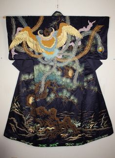 "Dramatic hagoromo (""dress of feathers"") motif kabuki Uchikake kimono in the late Edo period.(1800-1867). In some legends, tennin (spiritual beings found in Japanese Buddhism that are similar to western angels, nymphs or fairies) are unable to fly without a feathered kimono or hagoromo (and thus cannot return to heaven)."