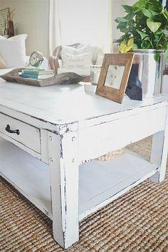 Milk paint coffee table makeover- lizmarieblog.com