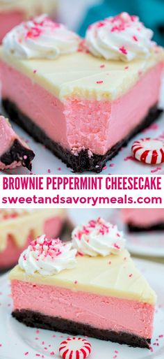 Brownie Peppermint Cheesecake - Sweet and Savory Meals Peppermint Cheesecake is the most festive dessert this Christmas! It is not your ordinary dessert. It is rich, decadent, and refreshingly unique! Winter Desserts, Great Desserts, Köstliche Desserts, Christmas Desserts, Christmas Baking, Dessert Recipes, Christmas Parties, Christmas Treats, Dinner Recipes