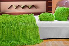 Koce włochate z mikrofibry w kolorze zielonym