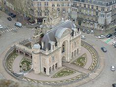 Lille:  Porte de Paris vue du haut du Beffroi de l'hotel de ville 29 mars 2013.JPG