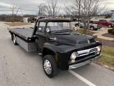 1956 F series build on new chassis Big Ford Trucks, 1956 Ford Truck, Tow Truck, Diesel Trucks, Cool Trucks, Chevy Trucks, Pickup Trucks, Car Carrier, Old Fords