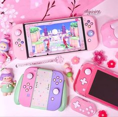 Nintendo Switch Accessories, Gaming Accessories, Kawaii Games, Nintendo Switch Case, Otaku Room, Gaming Room Setup, Kawaii Room, Game Room Design, Cute Games