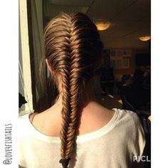 Simple French Fishtail - Hairstyles How To