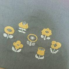 #刺繍#樋口愉美子 #embroidery 自分の出来た! 手提げにするかショルダーにするか悩み中…