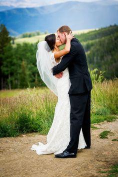 Picturesque wedding in Beaver Creek Colorado.   Photography: Studio JK - studiojk.com/wedding/  Read More: http://www.stylemepretty.com/2014/07/03/beaver-creek-colorado-wedding-at-the-westin-riverfront-resort-and-spa/