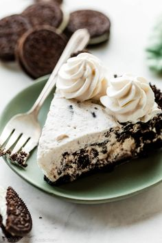 This is deliciously creamy cookies and cream pie! It's mostly no bake and made from only 6 ingredients like cream cheese, heavy cream, and Oreo cookies. You won't be able to put down your fork! Recipe on sallysbakingaddiction.com
