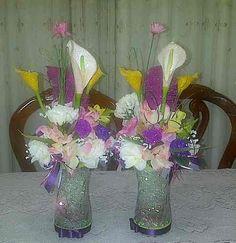 Como Hacer un Centro de Mesa con Flores Artificiales. Celebrarfiestas es muy bonitos siempre y cuando tengamos todo en orden, por ejemplo; las mesas debes estar bien decoradas. Para que la mesa se vearealmen