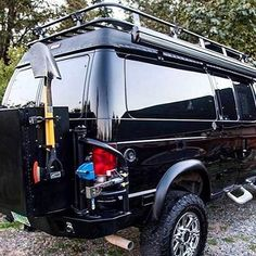 Aluminess gear roof rack, front and rear bumper with swing arms, box, expedition kit. 4x4 Van, 4x4 Camper Van, Off Road Camper, Truck Camping, Van Camping, Truck Flatbeds, Camping Gear, Lifted Van, How To Clean Vans