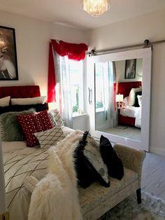 Bedroom Red, Bedroom Colors, Home Decor Bedroom, Bedroom Ideas, Red Bedroom Design, Interior Design, Interior Paint, Interior Sliding Barn Doors, Sliding Doors