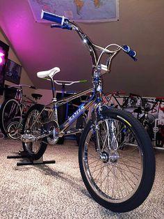 M Jive Handles flatland old school BMX MTB bicycle grips BLUE w// WHITE ends NOS!