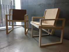 BAUHAUS UNIVERSITY - SQUARE CHAIR by Winston Mitchell