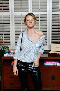 GUEST BOOK / Aly Michalka in Bungalow 1 #oliverpeoples