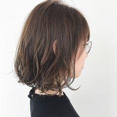 Medium Hair Cuts, Medium Hair Styles, Long Hair Styles, Daily Hairstyles, Hairstyles With Bangs, Short Hair Trends, Shot Hair Styles, Hair Arrange, Short Hair With Bangs