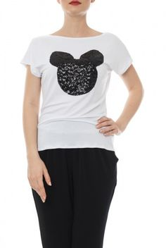 Tricouri - Dona Kyros T Shirt, Fashion, Supreme T Shirt, Moda, Tee, Fashion Styles, T Shirts, Fasion