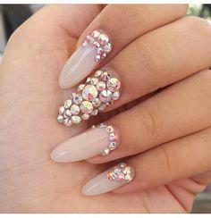 Image via We Heart It https://weheartit.com/entry/164052479 #nails #pink #prett #uñas #vegas_nay