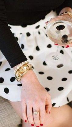 black white polka dots - looks so cute! Style Blog, Style Me, Preppy Mode, Preppy Style, Vogue, Mode Lookbook, Estilo Preppy, Mein Style, Estilo Fashion