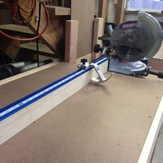 This product works great. Even the swing up stop is sturdy With no movement during multiple cuts. Woodworking Shop Layout, Woodworking Bench Plans, Rockler Woodworking, Garage Workbench Plans, Garage Tools, Garage Shop, Mitre Saw Station, Miter Saw Table, Mitre Saw Stand