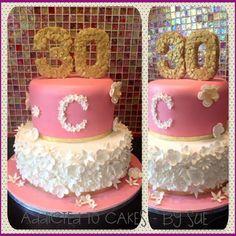 PINK/WHITE CAKE EDIBLE FLOWERS