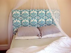 Super easy tutorial for making a padded headboard.