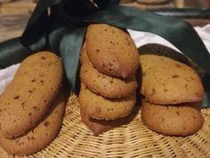 Biscotti con la farina di castagne, Buffet, Potatoes, Cookies, Vegetables, Sweet, Desserts, Food, Crack Crackers, Candy