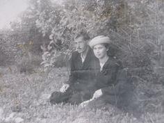 мамина тетя с мужем,ориентировочно к. 1950-ых гг.