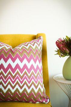 ZIGGY  MUSK Color Splash, Cushions, Colours, Throw Pillows, Handmade, Design, Toss Pillows, Toss Pillows, Hand Made