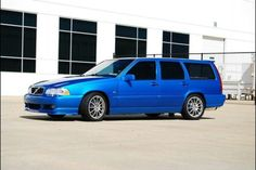 V70R Volvo Wagon, Wagon Cars, Volvo Cars, Volvo 850, Reliable Cars, Ford, Transportation Design, Station Wagon, Car Manufacturers