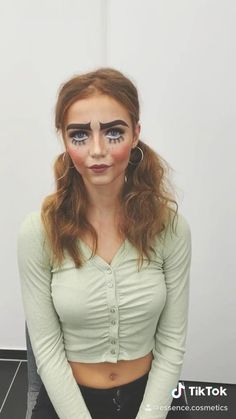 Creepy puppet make-up look for halloween. Cool Makeup Looks, Halloween Makeup Looks, Crazy Makeup, Up Costumes, Halloween Costumes, Halloween 2018, Costume Ideas, Puppet Makeup, Puppet Costume