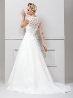 One Shoulder Wedding Dress, Rock, Wedding Dresses, Fashion, Wedding Dressses, Line, Dress Wedding, Gowns, Bride Dresses