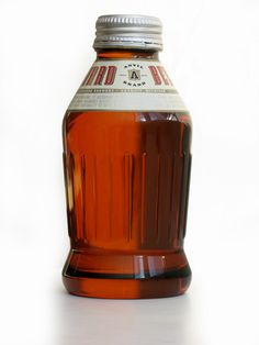 Hard Beer in a great beer bottle shape PD Beer Brands, Vodka, Bottle Packaging, Beer Label, Bottle Design, Packaging Design Inspiration, Alcohol, Craft Beer, Beer Bottles