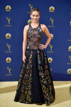 Emilia Clarke was in attendance at the 2018 Emmy Awards on Monday (September in LA. She wore an embroidered Christian Dior Fall 2018 Haute Couture drop-waist gown. Celebrity Red Carpet, Celebrity Style, Strapless Dress Formal, Formal Dresses, Long Dresses, Wedding Dresses, Dior Haute Couture, Glamour, Red Carpet Dresses