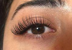 Extensions de cils - Make-up - Eyelash extensions Best Lashes, Fake Lashes, False Eyelashes, Artificial Eyelashes, Beautiful Eyelashes, Natural Eyelashes, False Lashes Natural, Eyelash Extensions Styles, Natural Looking Eyelash Extensions