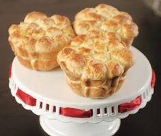 Nancy Reagan's Monkey Bread recipe #NGFirstLadies Bread Recipes, Baking Recipes, Bubble Bread, Famous Recipe, Monkey Bread, Vintage Recipes, Sweet Bread, Delish, Food And Drink