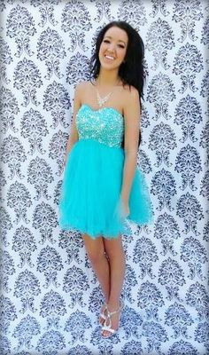 Aqua mint blue short dress. dazzling dress rentals in riverton ...