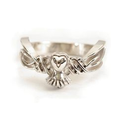 Hey, I found this really awesome Etsy listing at https://www.etsy.com/listing/238254378/celtic-owl-ring-in-10k-gold-with