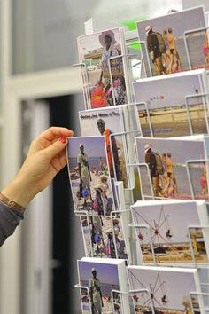 Foto: eSeL.at - Joanna Pianka Colonial, Magazine Rack, Polaroid Film, Bright, Storage, Home Decor, Donkeys, Homemade Home Decor, Larger