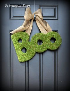 Halloween Wreath. Fall Wreath.  Moss Covered  BOO.  Spooky sophistication. FREE SHIP last one.