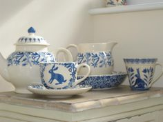 Emma Bridgewater Mark Hearld Cup & Saucer with Emma Bridgewater Four Cup Teapot and Pint Jug with Bell Pottery mug Love Blue, Blue And White, Pottery Cafe, Emma Bridgewater Pottery, Blue Bunny, My Cup Of Tea, Cup And Saucer, Tea Set, Dinnerware