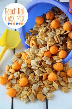 Beach Ball Chex Mix… so cute! The kids would love it! chex cereal, cheese gold… Beach Ball Chex Mix… so cute! The kids would love it! chex cereal, cheese goldfish, pretzel goldfish, cheese balls and a ranch mix Trail Mix Recipes, Snack Mix Recipes, Yummy Snacks, Snack Mixes, Party Recipes, Kids Snack Mix, Snacks Kids, Salty Snacks, Summer Recipes